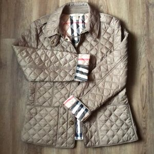 Burberry Classic quilted coat brand new condition